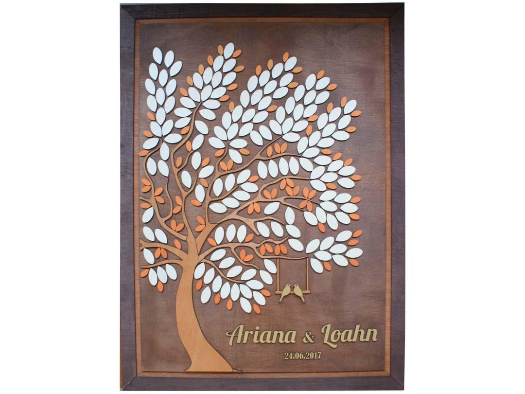 Cuadro para firmas y mensajes de boda modelo Melissa con lienzo en madera tono cristobal y marco en nogal. Detalles decorativos en dorado y naranja